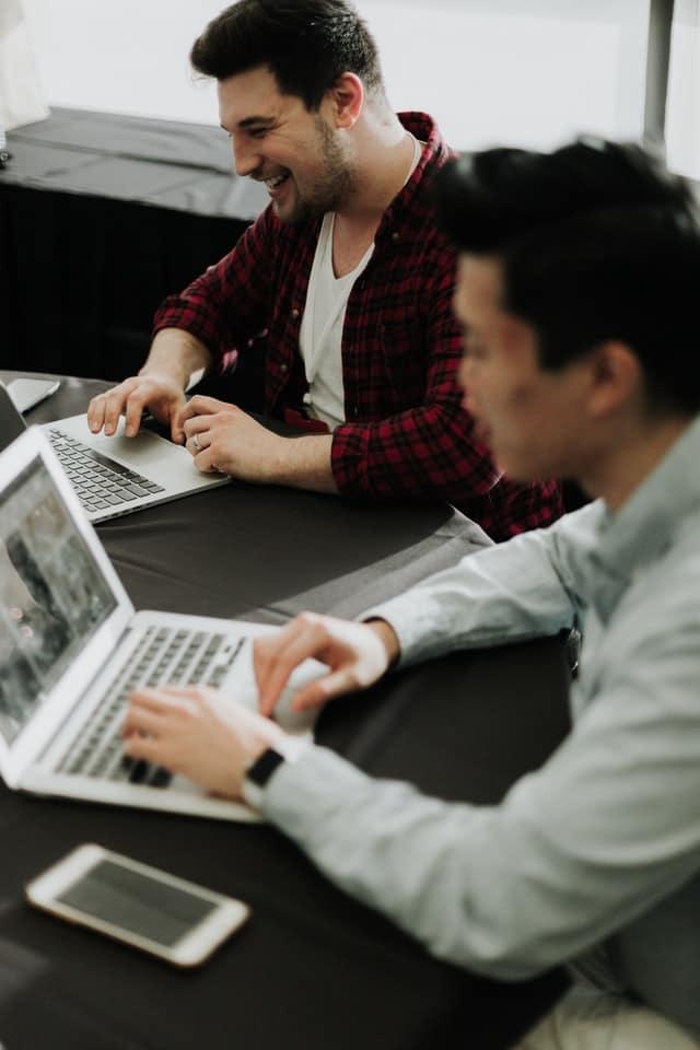 Transforma la experiencia de tus clientes, empleados y marca con Surveypal