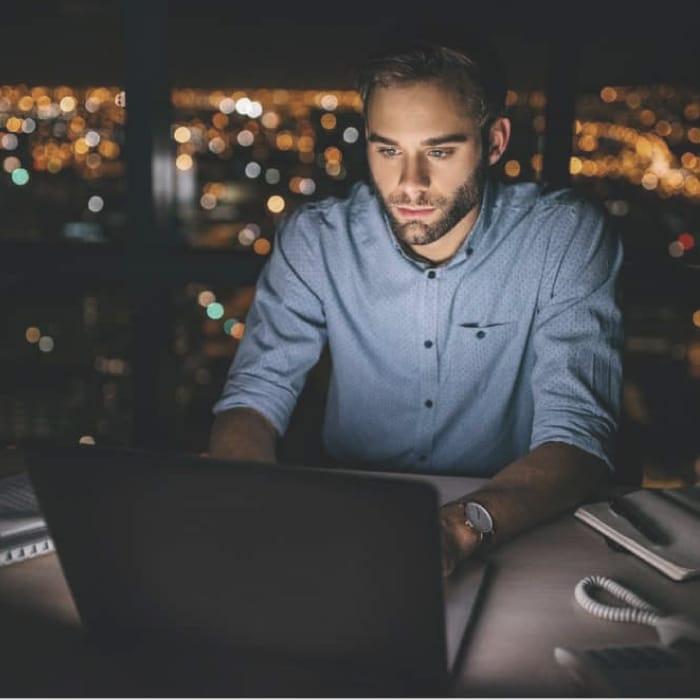 Serverless, Crea y ejecuta aplicaciones sin preocuparte por los servidores permitiendo construir Productos digitales de forma ágil